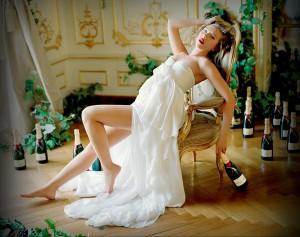 не много ль шампанского?