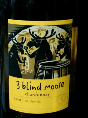 «Three Blind Moose», что в переводе означает «Три слепых лося»