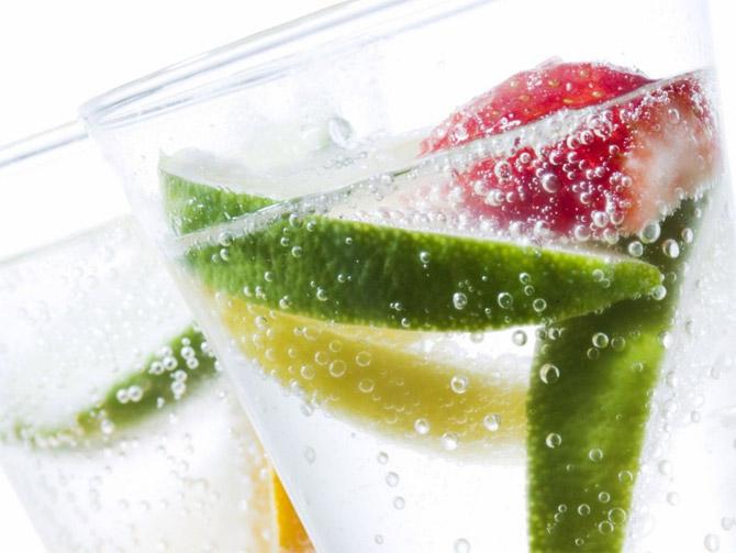 Сахарный сироп готовится путем растворения сахара в воде