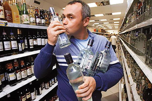 Ведь, если рекомендованные товары будут вызывать у потребителя радость, чувство потребности, благоприятные суждения о его качестве и внешнем виде, тогда человек обязательно приобретет не только спиртной напиток